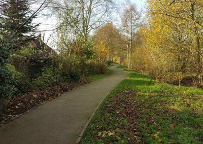 Grünzug mit Wanderweg, Blickrichtung vom Dwarsweg in Richtung Heidestraße